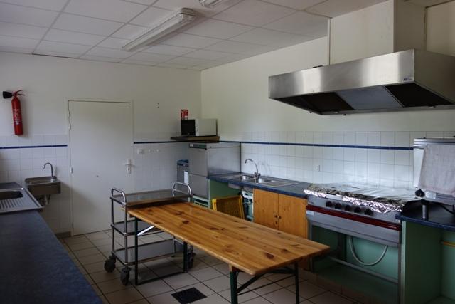 La salle polyvalentefabras commune de fabras ardeche - Cloison cuisine professionnelle ...