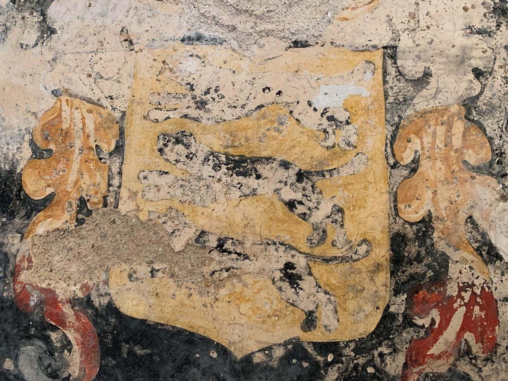 Blason des Seigneurs de chanalleiles, intérieur église Fabras 1024